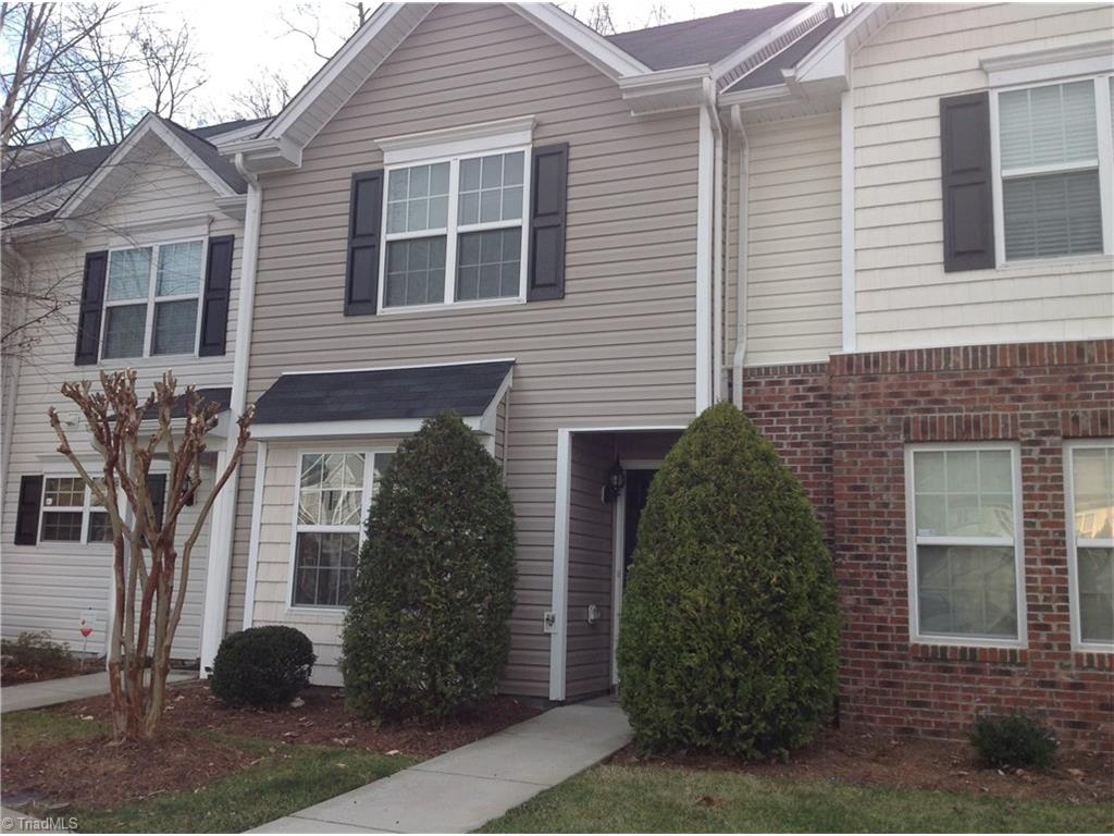 32 Ledgerstone Lane, Greensboro, NC